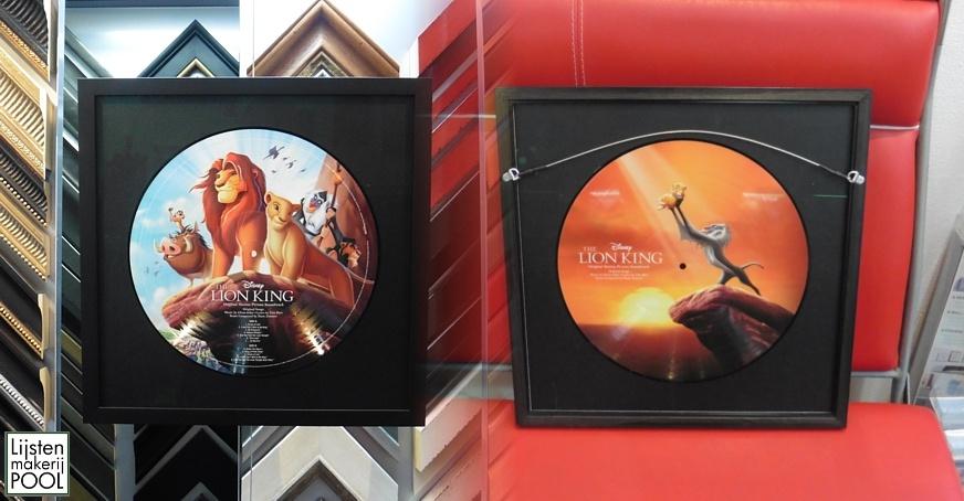 LP The Lion King reversibel en dubbelzijdig zichtbaar ingelijst. Lijstenmakerij Pool Elburg