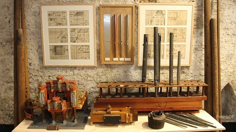 Impressie verzorgd inlijstwerk Nat. Orgelmuseum