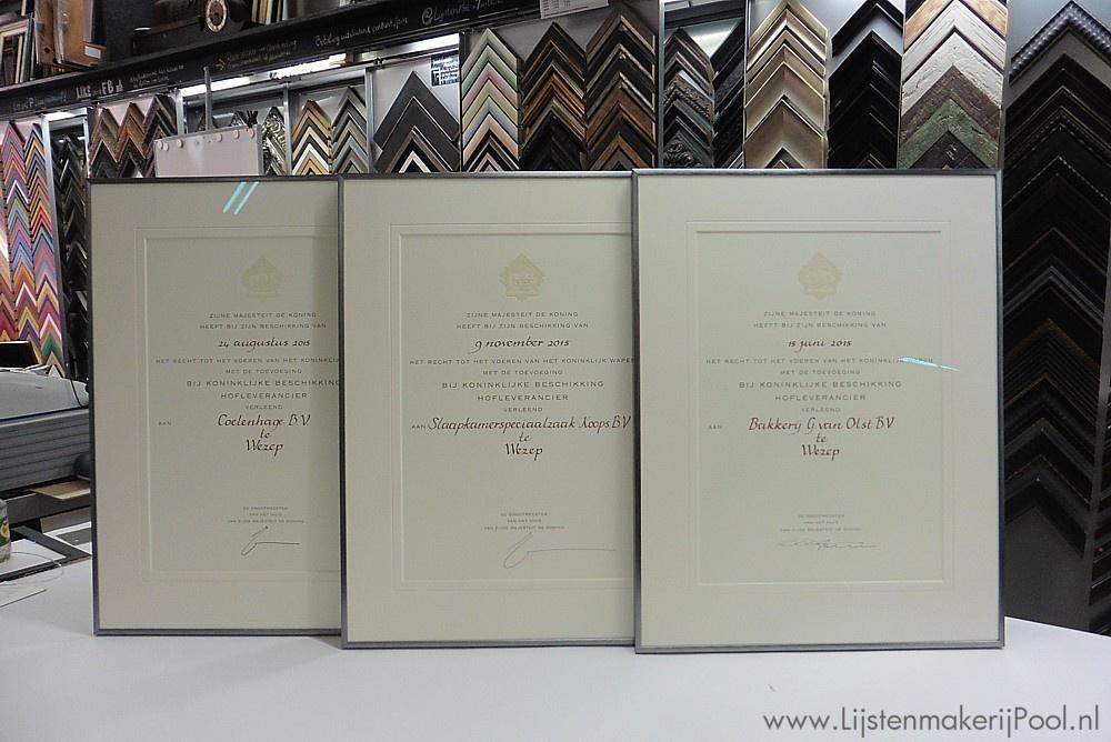 3 Hofleverancier certificaten conserverend ingelijst