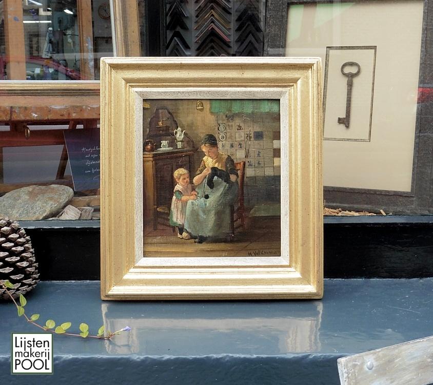 Schilderij op paneel van Hendrik Valkenburg ingelijst in handgekleurde atelierlijst uit eigen atelier.