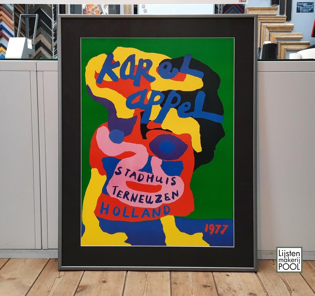 Affiche Karel Appel, reversibel ingelijst, Artglass. Lijstenmakerij Pool Elburg.